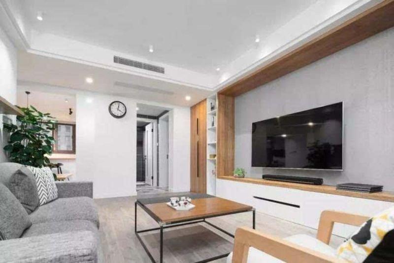 家居电视背景墙如何打柜子才不会显得拥挤?